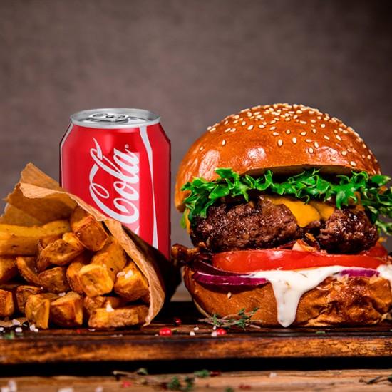 Burger Menu med pommes frites og sodavand