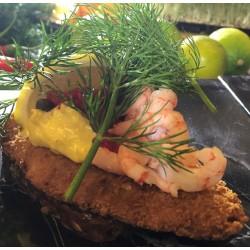 Fiskefilet med smørstegt rødspættefilet med grov remoulade, dild, kapers og citron